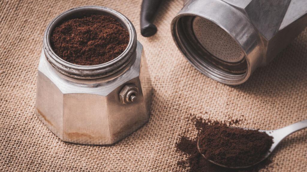 How To Make Espresso With Moka Pot